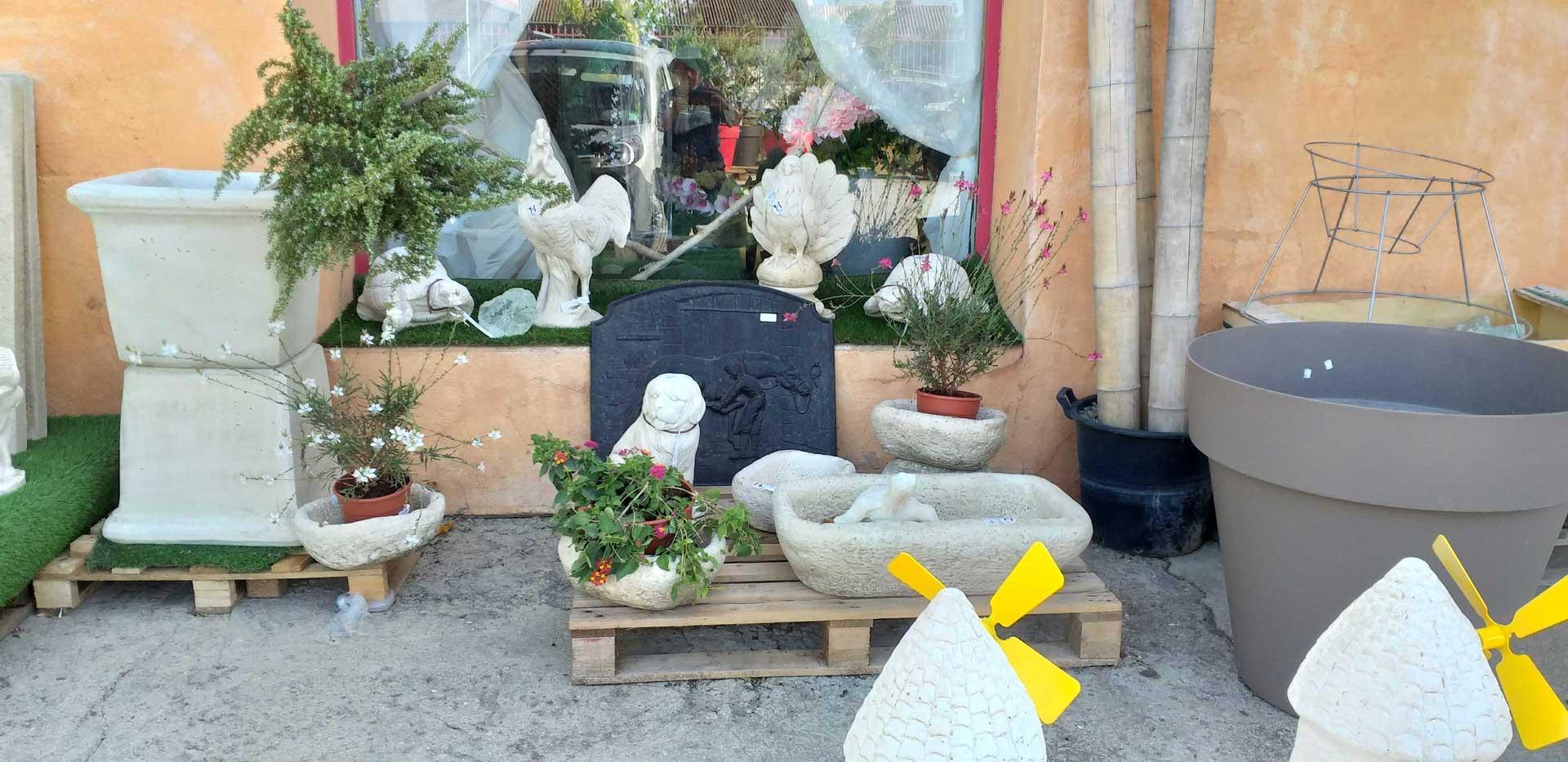 pepinierer-arcadie---poterie-pierre-et-decoration-pierre-cuite-pour-jardin-exterieur